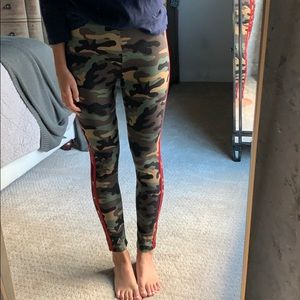 Vibe apparel camo leggings